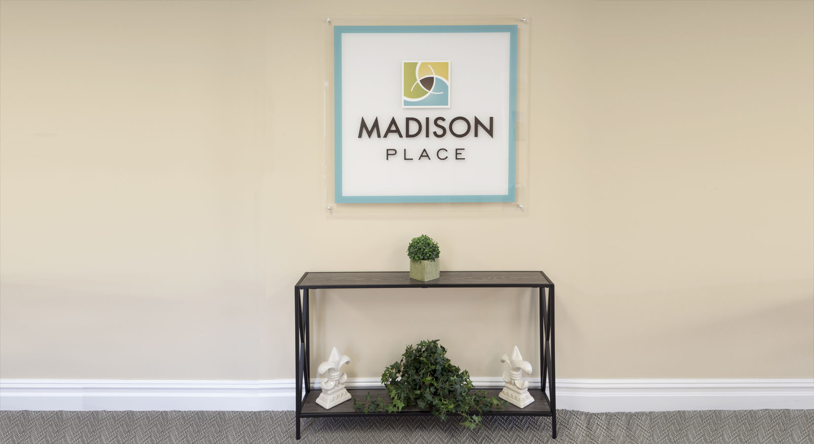 madison-place-sign